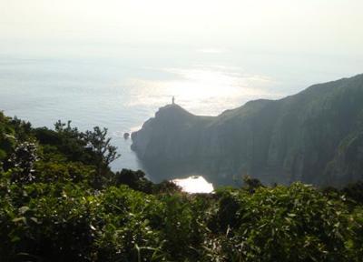 九州本土の最西端に位置している大瀬崎灯台