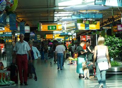 オランダ・アムステルダム スキポール国際空港