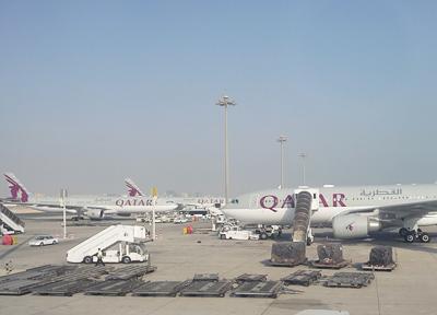 カタール航空の機体が並ぶカタール・ドーハ国際空港