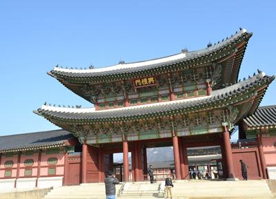 韓国・ソウルの「景福宮」にて