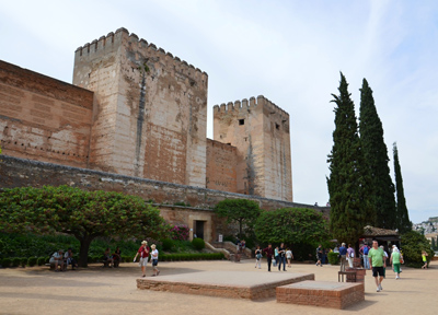 アルハンブラ宮殿にある「アルカサバ(砦)」など