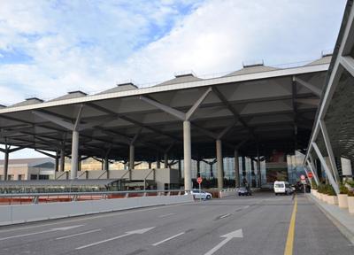 マラガ・コスタ・デル・ソル空港の外観