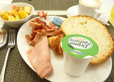 イタリアでのホテルの朝食