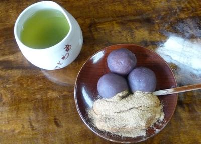 京都・北野 門前名物の粟餅