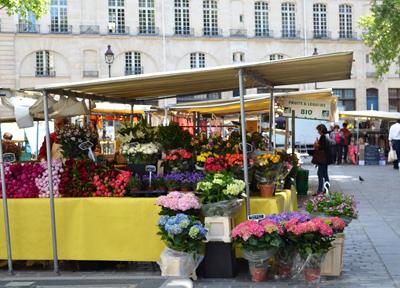 パリのマルシェ(市場)