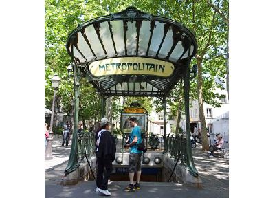 フランス・パリの地下鉄(メトロ)
