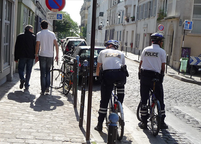 フランス・パリの警察官