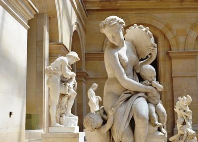 ルーヴル美術館のギリシャ彫刻