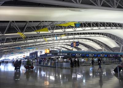 アートな空間 旅客ターミナル4階