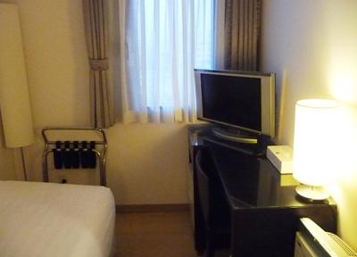 外国人専用ホテル「ドロス・ホテル」