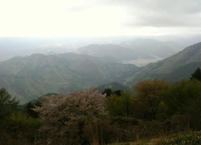 比叡山を囲む京都と滋賀の山々