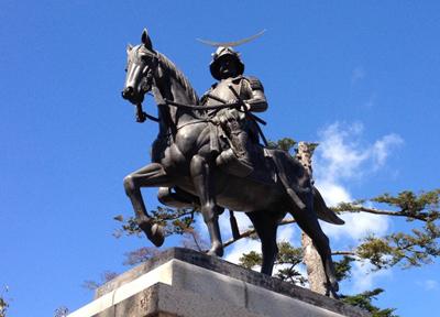 仙台城跡にある伊達政宗騎馬像