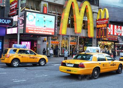 NYCのタクシー「イエローキャブ」
