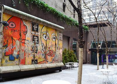 マンハッタンにある「ベルリンの壁」