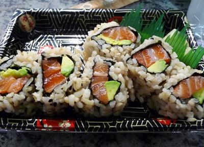 ニューヨークでよく売っている玄米寿司