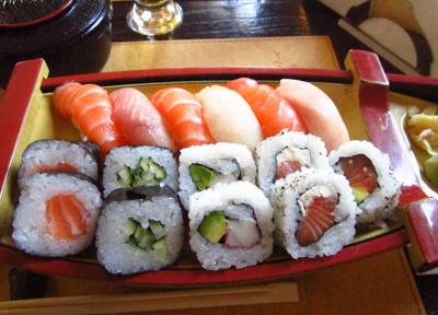 サンテルモのデフェンサ通りにある日本料理店、「SHOKUDO」