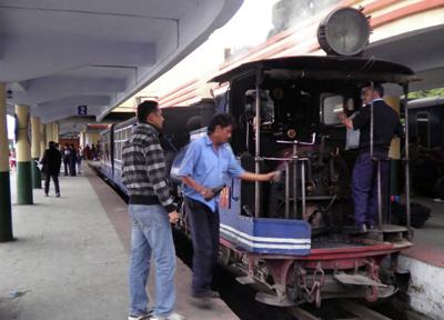 ダージリン駅までを走る登山鉄道、ダージリン・ヒマラヤ鉄道